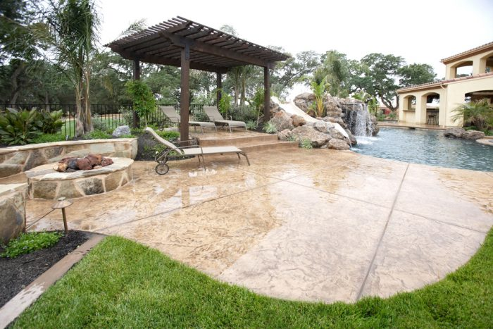 Outdoor patio with concrete stains